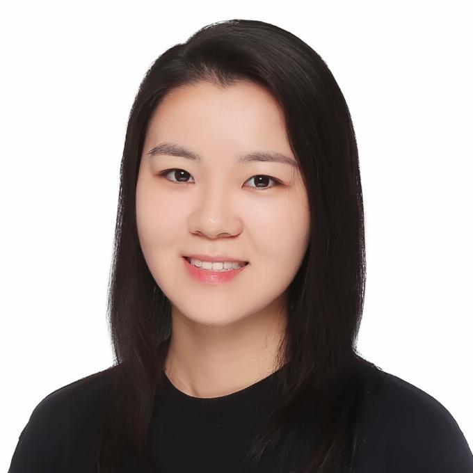 Headshot of Clare Cheng