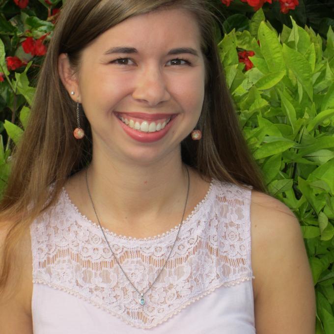Headshot of Jodi McWhirter