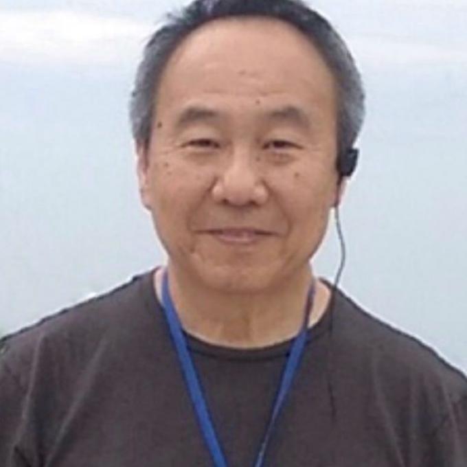 Headshot of Quo-Shin  Chi